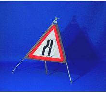 Quazar TriFlex Road Narrows Reversible Road Sign – 750mm